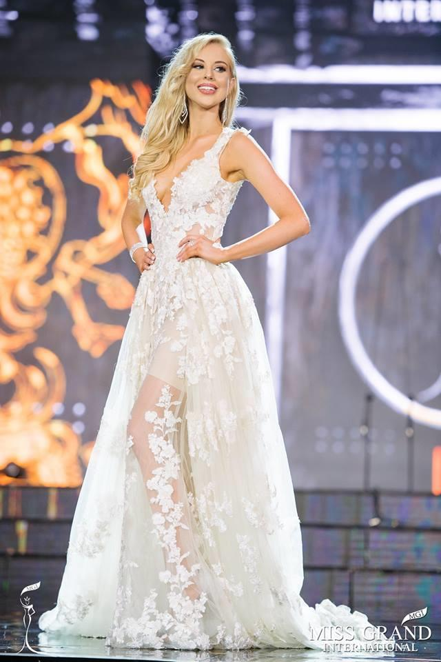 Kassandra Kashian From Australia in Preliminary Evening Gown Competition of Miss Grand International 2017 (Photo Courtesy: MGI Official)