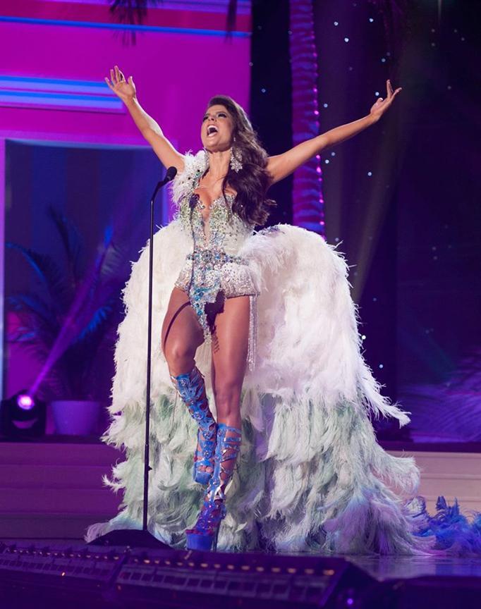 English To Italian Translator Google: Melissa Gurgel Miss Universe Brazil 2014 National Costume