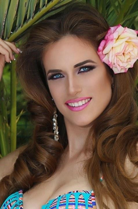 Maria Ruiz Nude Photos 43