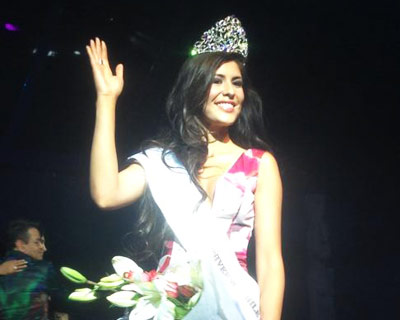 Miss Universo Chile 2014 Winner is Hellen Toncio