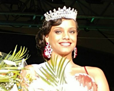 Alicia Aylies crowned as Miss Guyane 2016 for Miss France 2017