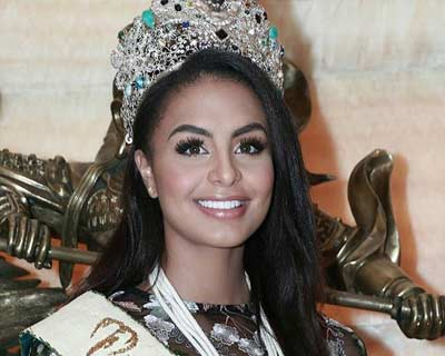 Miss Earth 2019 Nellys Pimentel's first International trip to Dubai