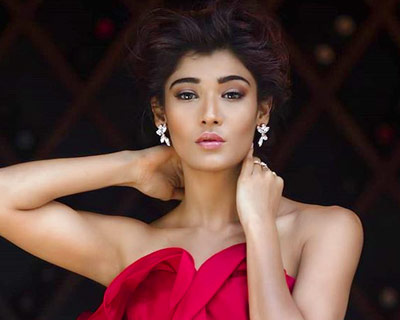 Miss Diva Universe 2018 Nehal Chudasama to make her big-screen debut with 'Laila Manju'