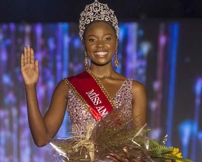 Salett Miguel crowned Miss Angola 2019
