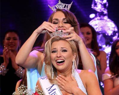Kaitlyn Schoeffel crowned as Miss New Jersey 2017 for Miss America 2018