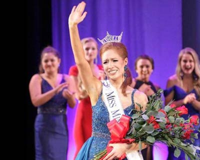Brianna Drevlow crowned as Miss Minnesota 2017 for Miss America 2018