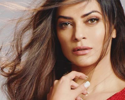 Sushmita Sen completes 25 years of being Miss Universe