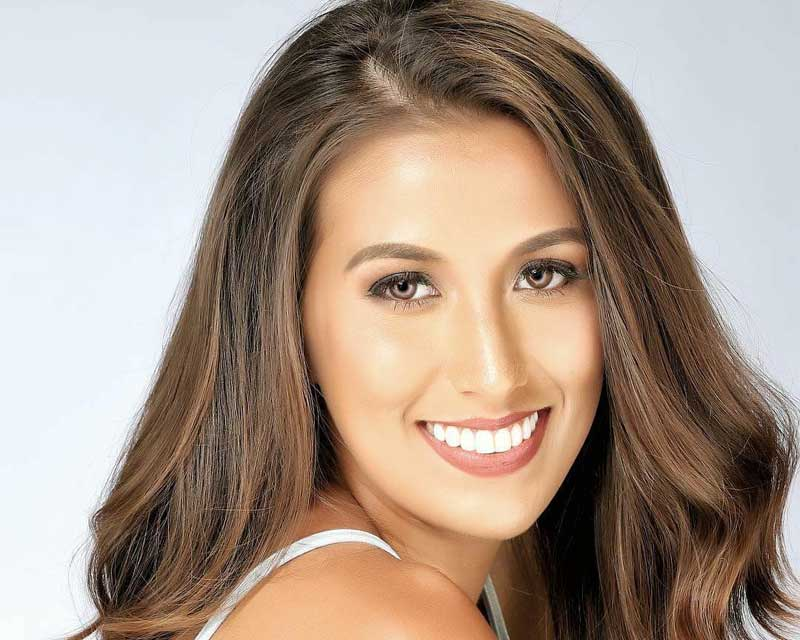 Rachel Peters having fun in Siargao with Miss Universe Delegates