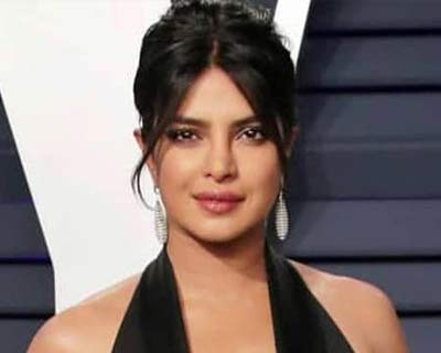 Priyanka Chopra collaborates with Mindy Kaling and Dan Goor for a wedding comedy film
