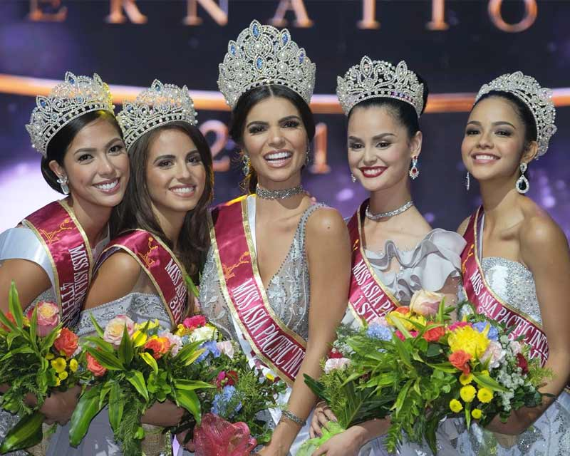 Meet and Greet Miss Asia Pacific International 2017 winner and her court