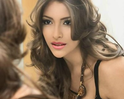 Maydeliana Diaz, Venezuela's bet for Miss Earth 2016?