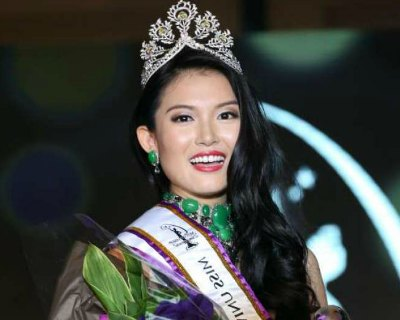 Cheryl Chou of Singapore eyeing at the Miss Universe 2016 crown