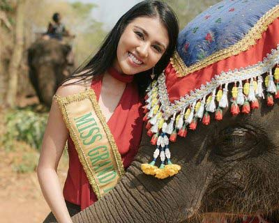 Miss Grand International 2016 Beauties tour around Amazing Thailand