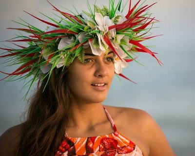 Natalia Short Miss World Cook Islands 2016 volunteers for the Takitumu Fire Brigade