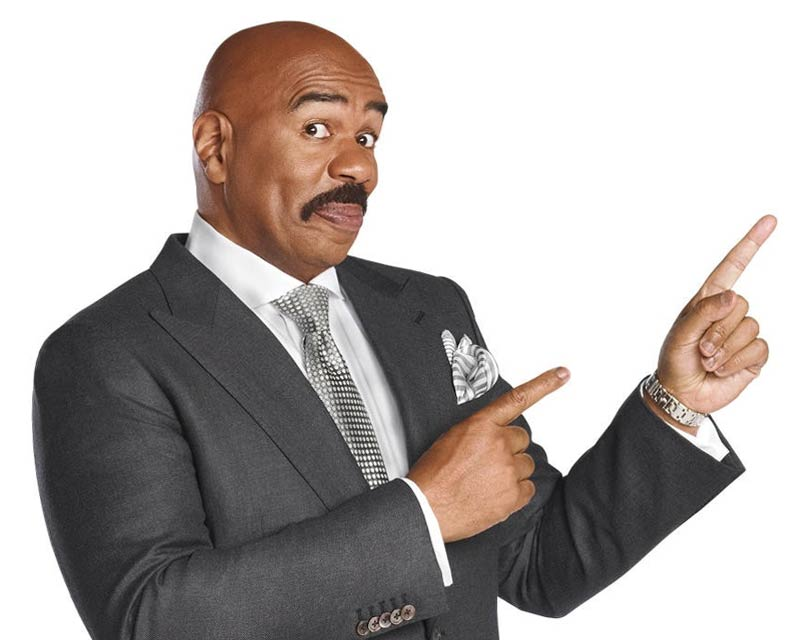 Steve Harvey returns to host Miss Universe 2017!