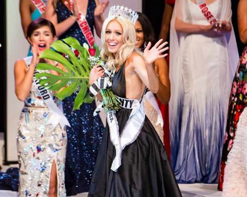 Elizabeth Johnson crowned Miss Michigan USA 2018 for Miss USA 2018
