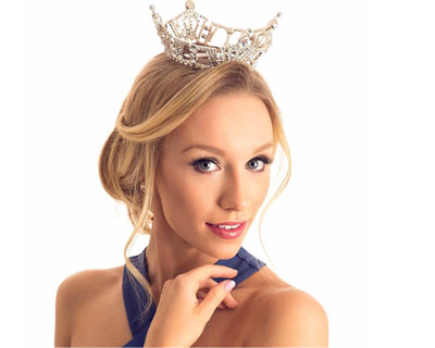 McKenna Collins crowned as Miss Wisconsin 2017 for Miss America 2018