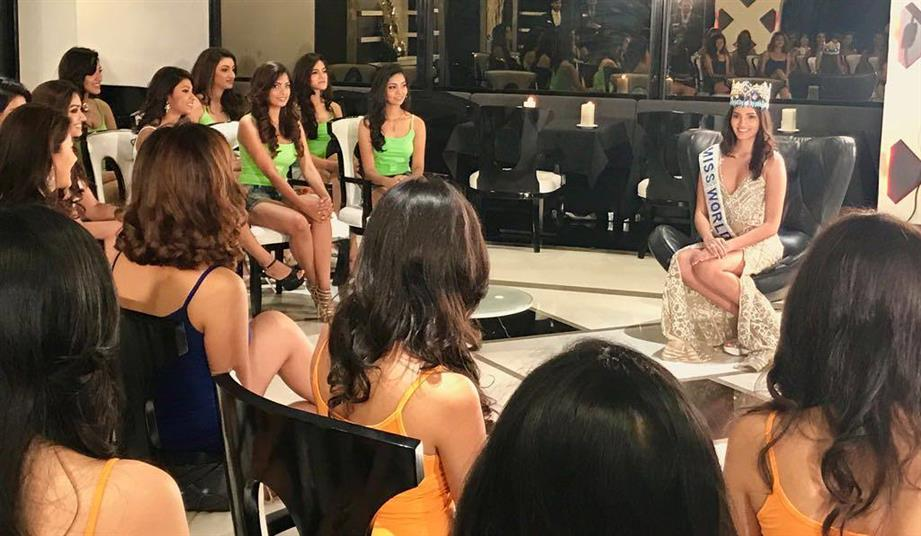 Miss World 2016 Stephanie Del Valle talks to Miss India 2017 contestants
