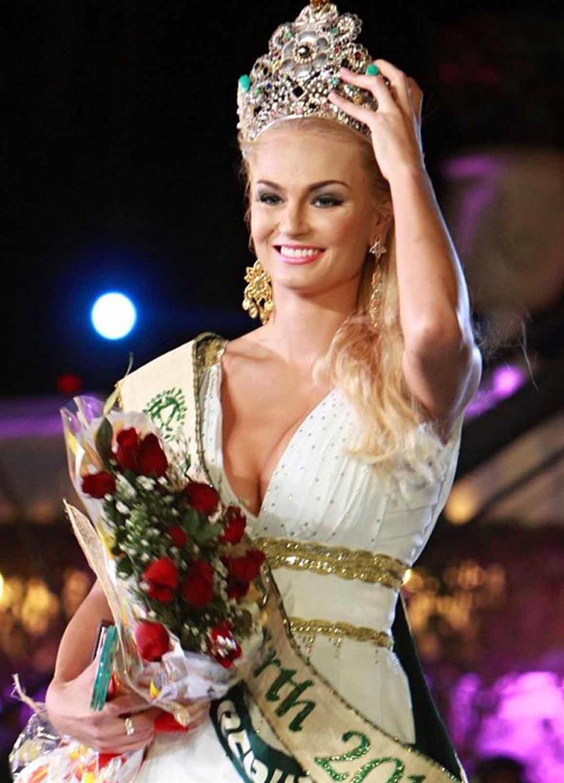 Tereza Fajksová from Czech Republic Miss Earth 2012