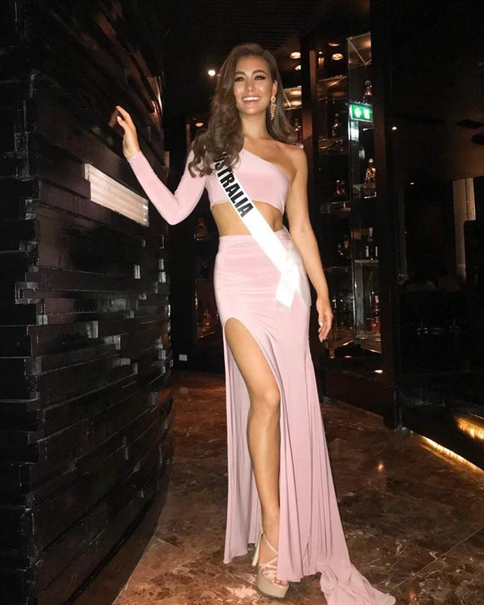 Best looks from the Dinner Gala of Miss Universe 2018