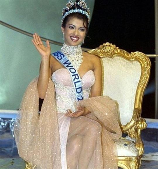 priyanka chopra age during miss world
