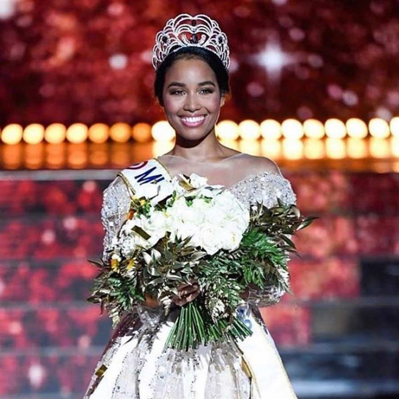 Clémence Botino crowned Miss France 2020