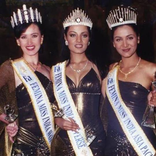 Celina Jaitly Miss India 2001