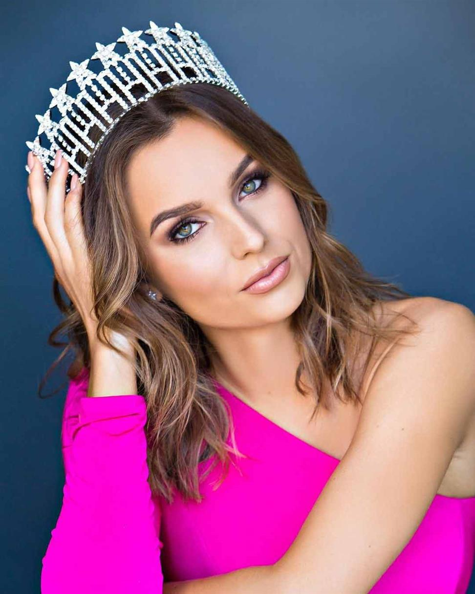 Miss Illinois USA 2020 winner Olivia Pura