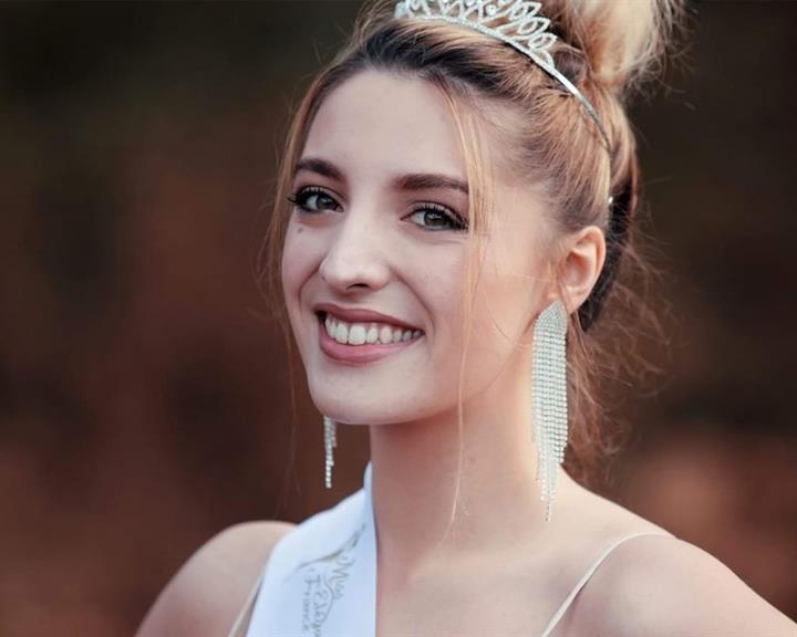 Beauty Talks with Miss Earth France 2019 Sonate Terrassier