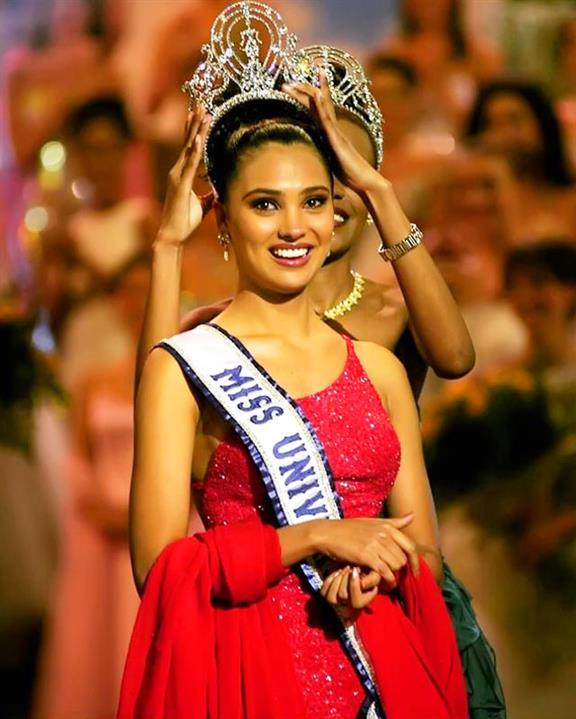 Former Miss Universe Lara Dutta honored at Miss Diva 2020 for completing 20 years in pageantry