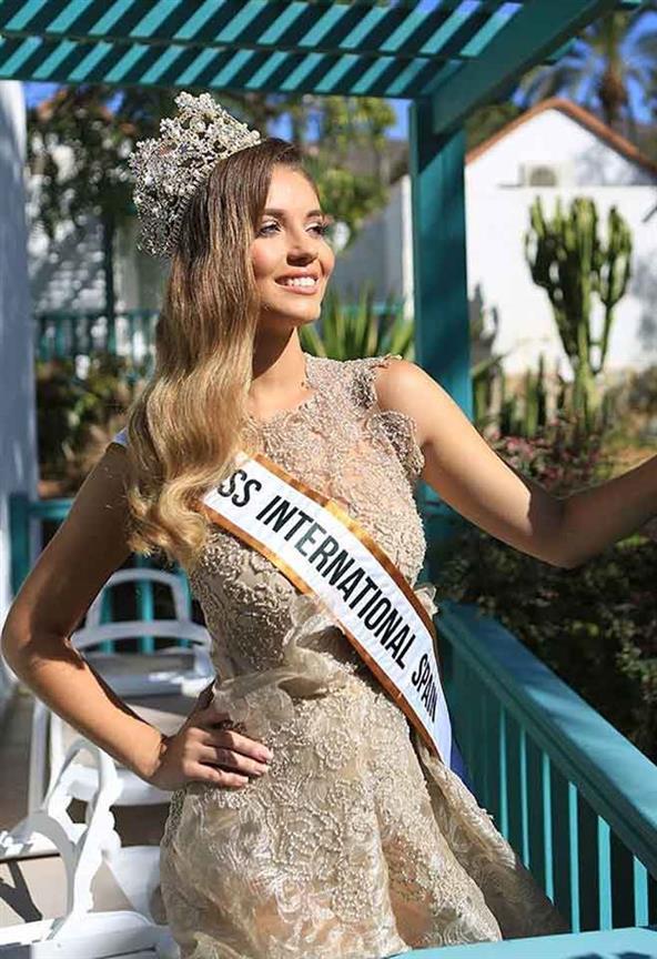 Claudia Cruz crowned Miss International Spain 2019