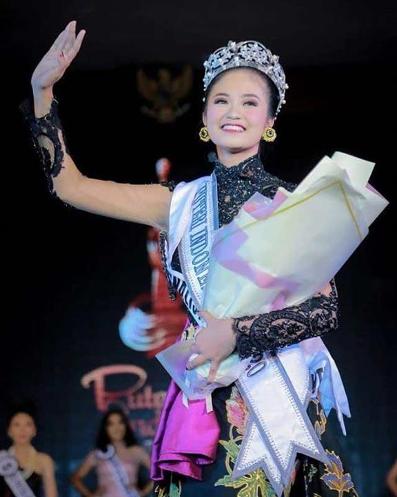 Shalsabila Lestari Putri Suteja crowned Puteri Indonesia NTB 2020