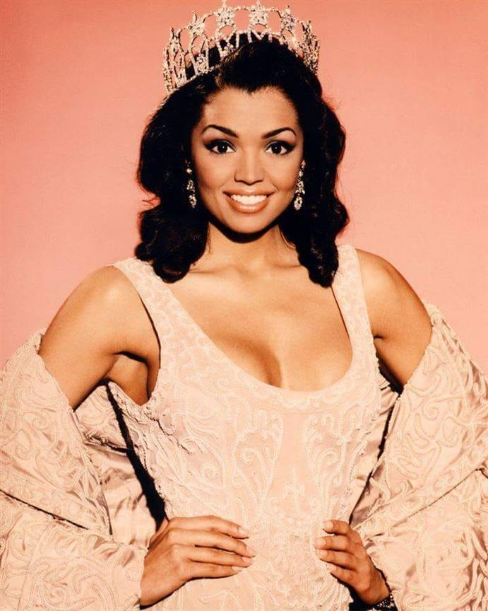 Mourning the loss of Miss Universe 1995 Chelsi Smith