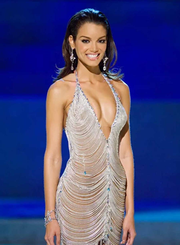 Miss Universe 2006 Zuleyka Rivera Mendoza