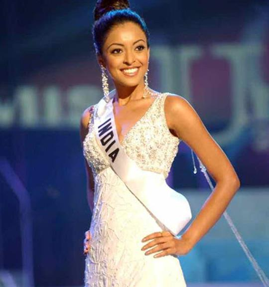 Tanushree Dutta Miss India 2004
